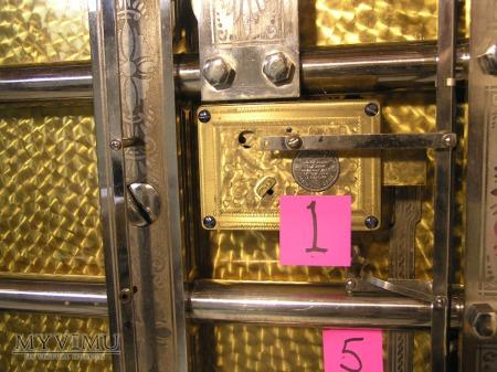 Diebold Vault Door: 2 of 4