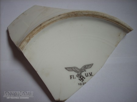 Duże zdjęcie Część talerza Luftwaffe