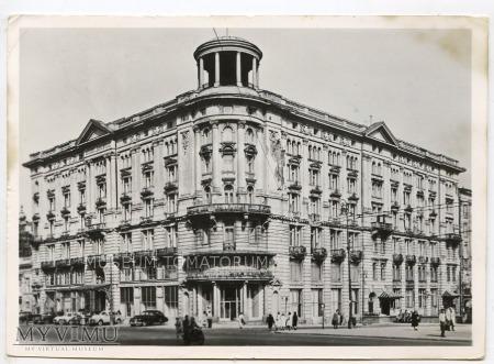 W-wa - Krakowskie Przed.- Hotel Bristol 1956