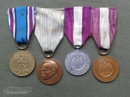 Medali II RP