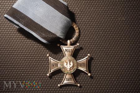 Virtuti Militari - V klasy - powojenne nadania