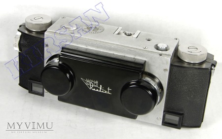 Realist Stereo model 1042