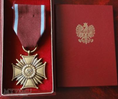 Duże zdjęcie Brązowy Krzyż Zasługi RP