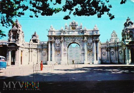 Portail de Dolmabahçe Palais