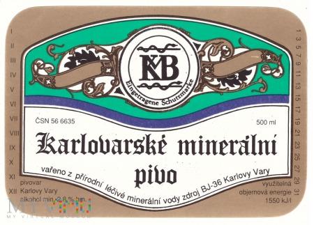 Karlovarske mineralni pivo