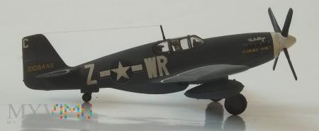"Samolot myśliwski P-51B ""Mustang (model 1/72)"