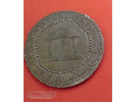 Duże zdjęcie moneta do identyfikacji WYKOPANA z ziemi