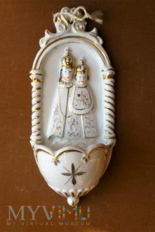 Kropielnica Maryja z dzieciątkiem