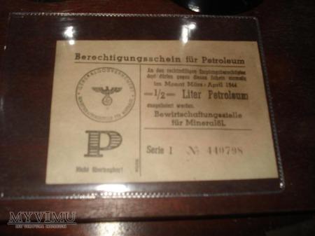 Niemiecka kartka na Naftę