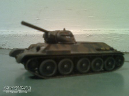Duże zdjęcie czołg T34/76