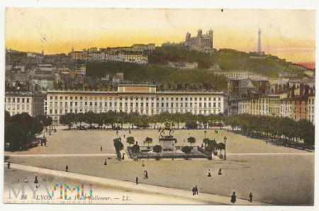 LYON - La Place Bellecour.1908.a