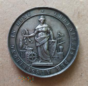 Duże zdjęcie Honorowy medal na wystawie w Linz