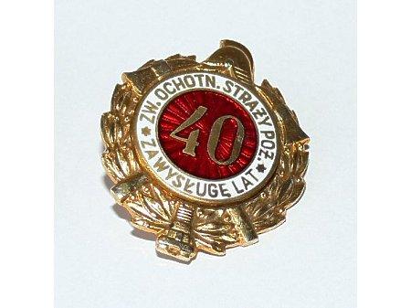 Odznaczenie za wysługę 40 lat w straży pożarnej