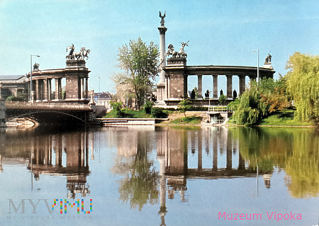 Budapeszt - Plac Bohaterów / Millenijny + jezioro