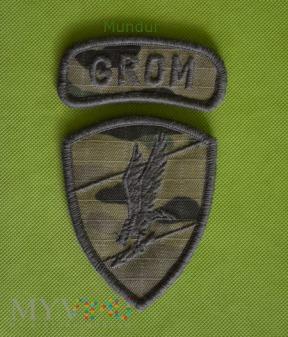 Oznaka GROM na mundur polowy multicam