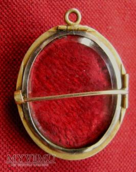 Złota broszka – Biedermeier z perłą