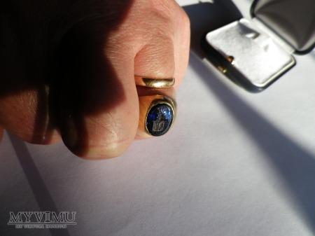 Herb Rogala- sygnet złoty