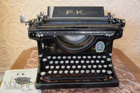 Maszyna do pisania FK /efka/ C 28