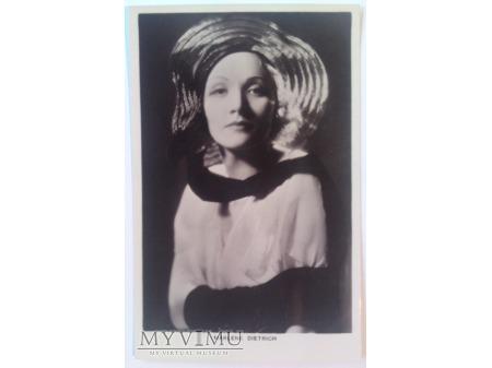 Marlene Dietrich Picturegoer nr 471a