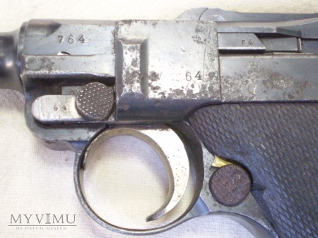 Pistolet P08 LUGER Parabellum 1915 rok