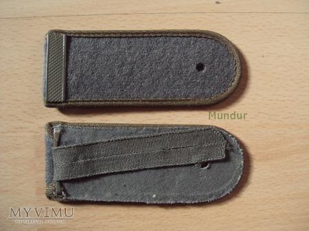 Oznaki stopnia na mundur polowy - gefreiter