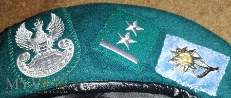 Beret podporucznik 21 batalionu dowodzenia 21 BSP