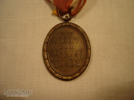 Medal za Budowe Wału Zachodniego