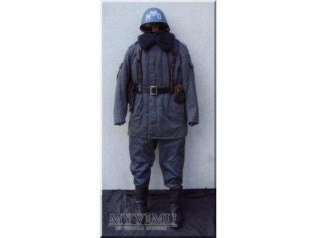 Mundur ćwiczebny zimowy funkcjonariusza MO 1 wzór