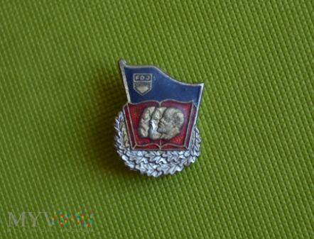DDR: odznaka FDJ - ideolodzy komunizmu