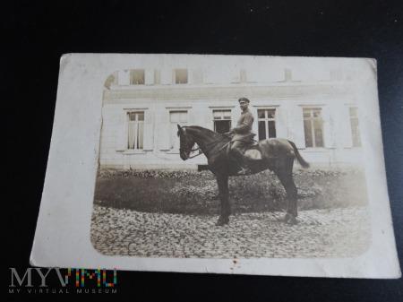 Duże zdjęcie Na koniu i............