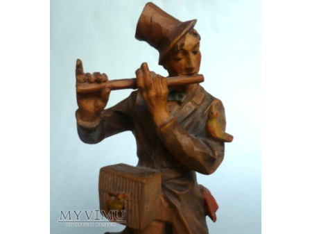 Muzyk grający na flecie
