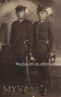 Dwóch Kanonierów z 22 PAL.